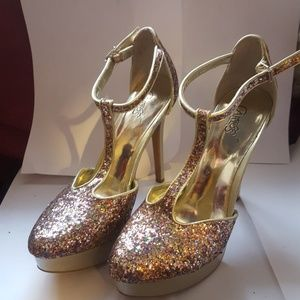 Gold and pink glitter pumps